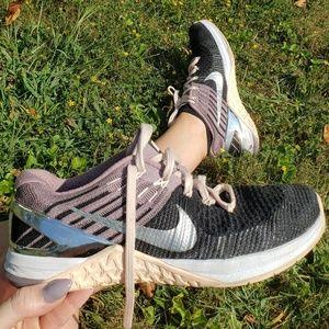 Nike Metcon Flyknit dsx dusty rose black & chrome